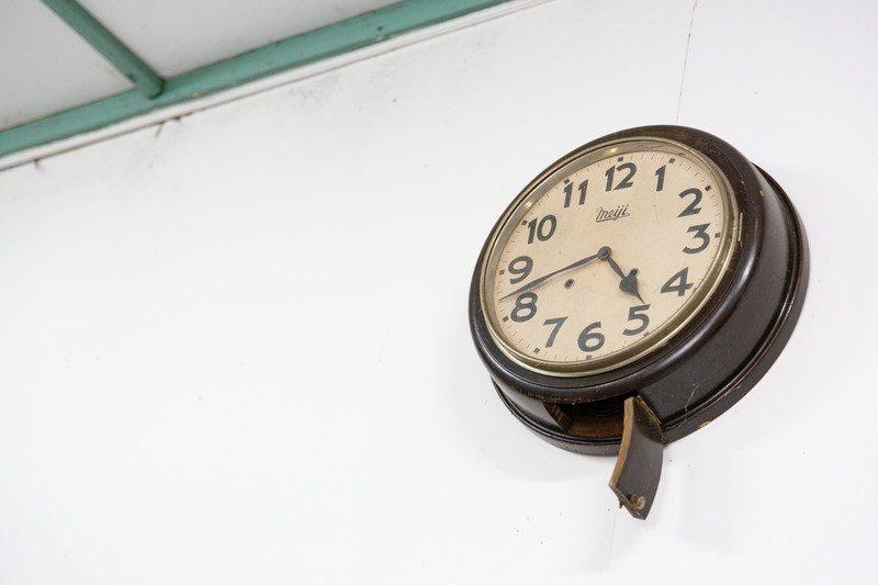 大便(うんこ)によるトイレつまりは時間経過と共に解消することもある!