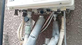 ガス給湯器水漏れ